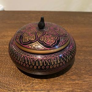Decorative Covered Dish 💕 Bundle 3 items for $20